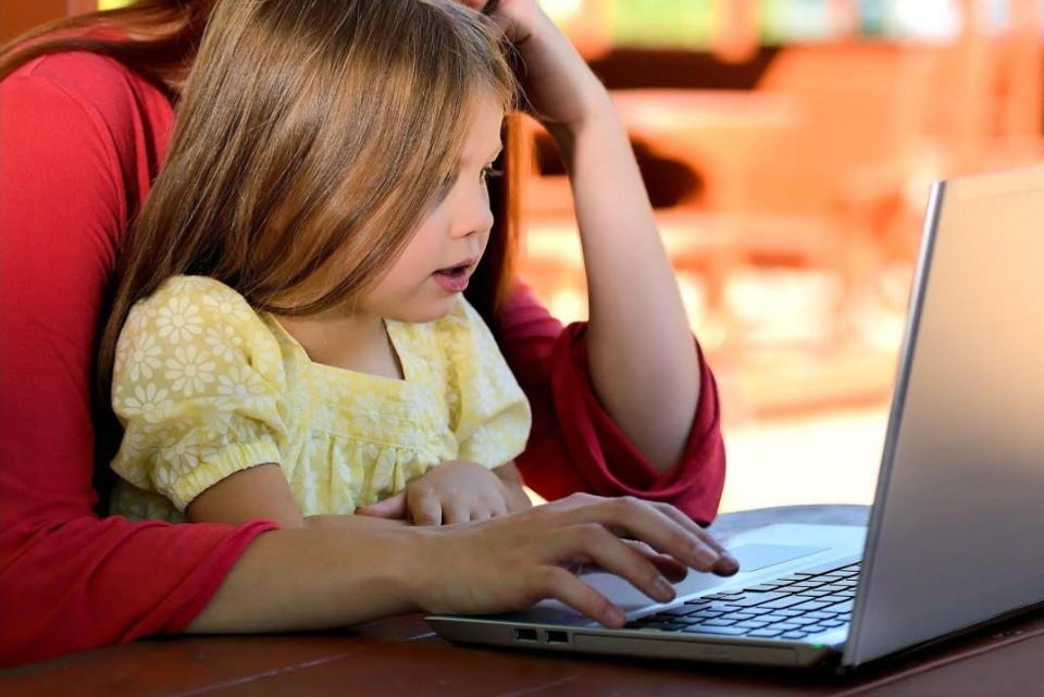 ¿Existe una pantalla sana para los niños?